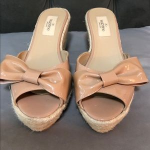 Valentino patent leather Bow wedge 7.5